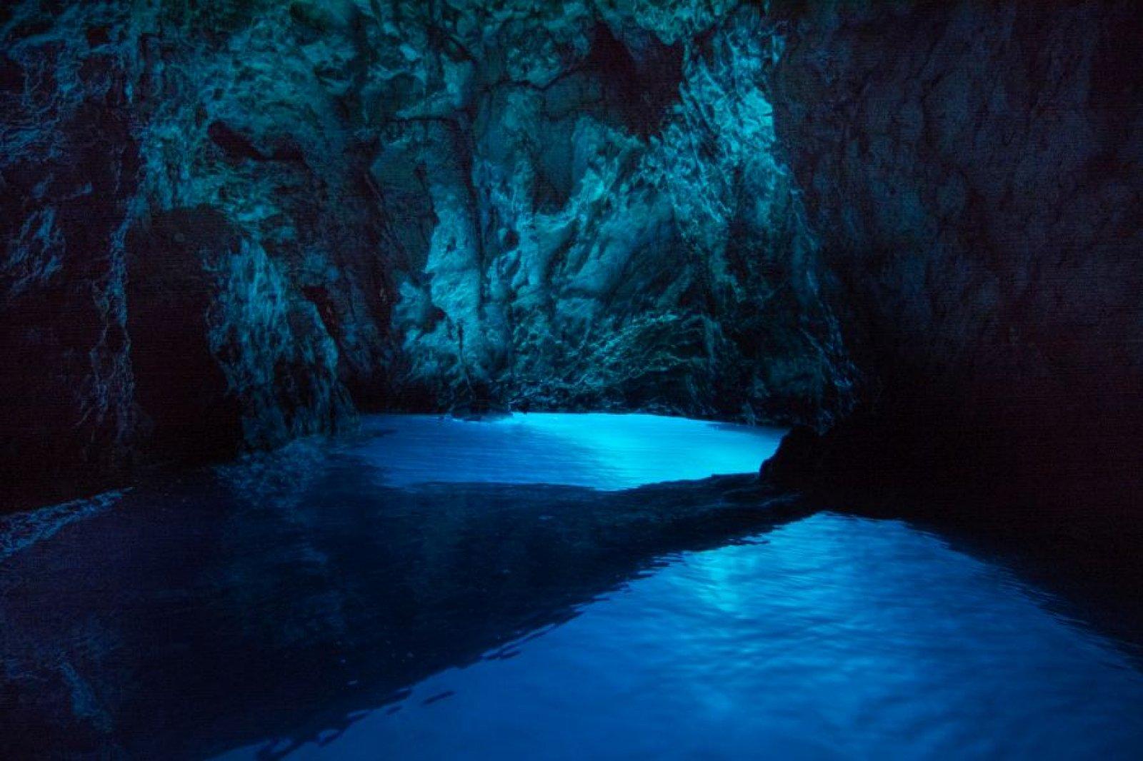 Blue Cave, Vis & Hvar Tour